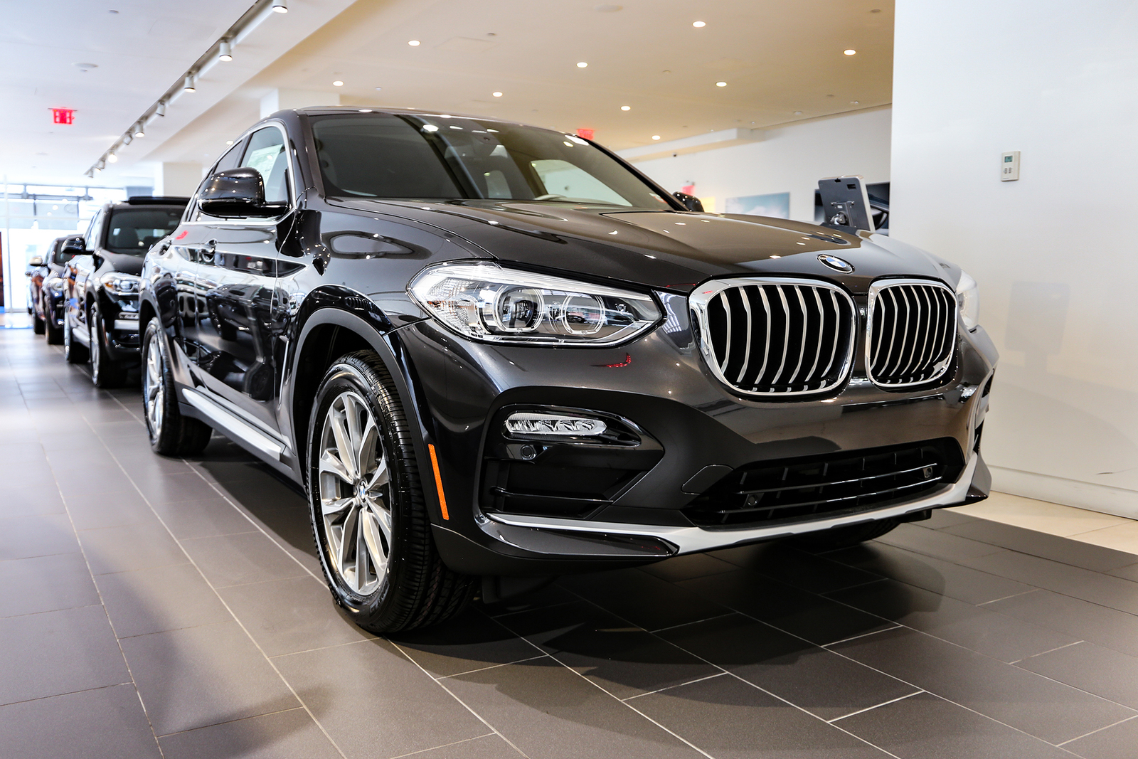 New 2019 Dark Graphite Metallic X4 xDrive30i